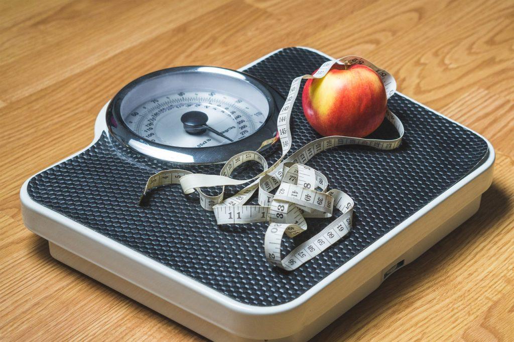 1ヶ月で5キロ痩せる方法とは?忙しい女性・学生必見!